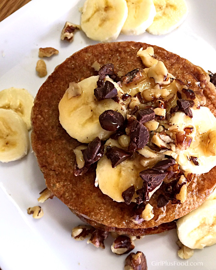 vegan-banana-pancakes